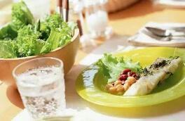 铜仁痛风医院专家介绍:痛风患者怎么进行饮食调养